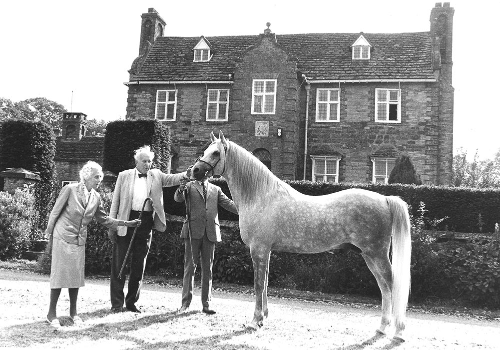 Silver Flame at Newbuildings with Lord Lytton, Lady Anne Lytton and Roger Upton holding at the Centenary Celebrations in 1978 photo by Fiona Anderson